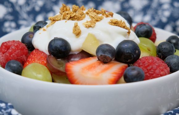 Vitamin Bee ® Funny Fruit Salad
